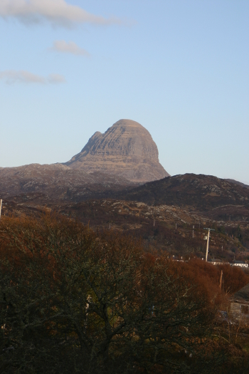 Jow of Suilven showing more of its classic table mountain shape
