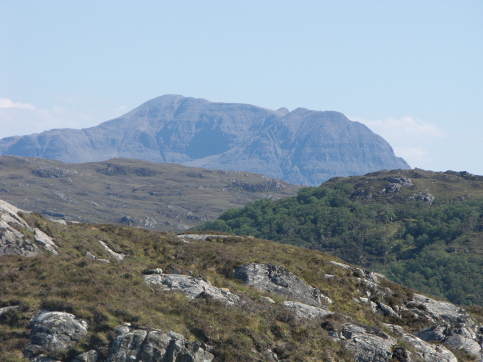 The back of Cùl Mòr - you can't see its 'paps' from this side