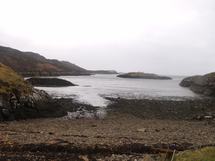 The wee bay with Eilean Bad na Ban